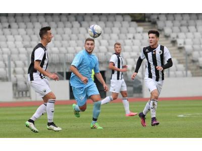 """Propulsați pe primul loc. """"U"""" Cluj – Atletic Olimpia Gherla 2-0"""