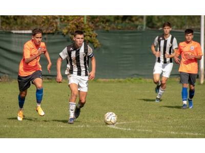 """Micii """"studenți"""" de la U17 și U19 lideri în Liga Elitelor"""