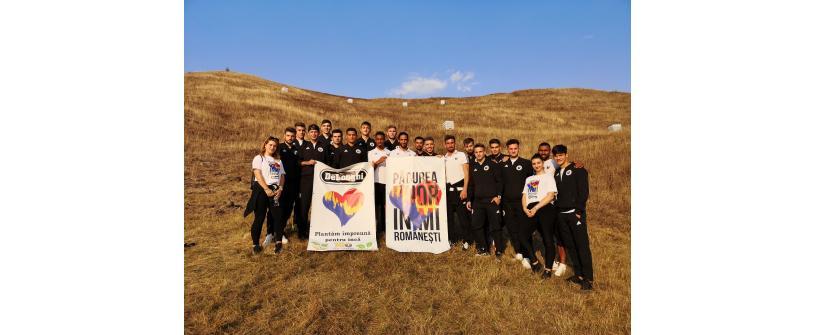 FC Universitatea Cluj și De'Longhi România au plantat pentru generațiile viitoare