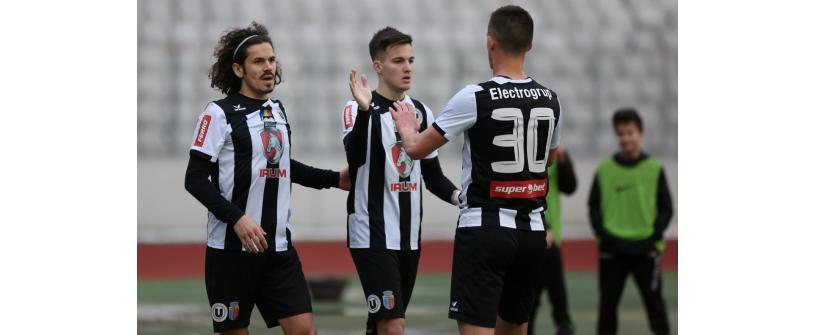 """Victorie muncită și un nou pas spre promovare. """"U"""" Cluj – Unirea Dej 2-0"""
