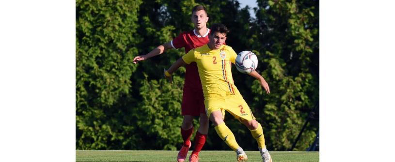 Marius Ciobanu, pe teren în victoria României U19 cu Israel.
