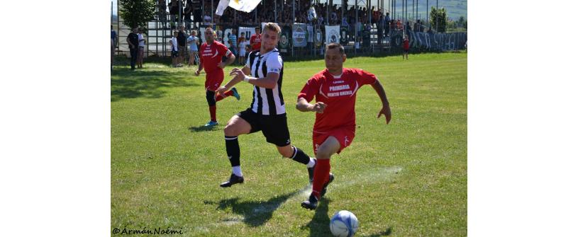 "Campionat încheiat en-fanfare. Vulturul Mintiu Gherlii – ""U"" Cluj 0-5"