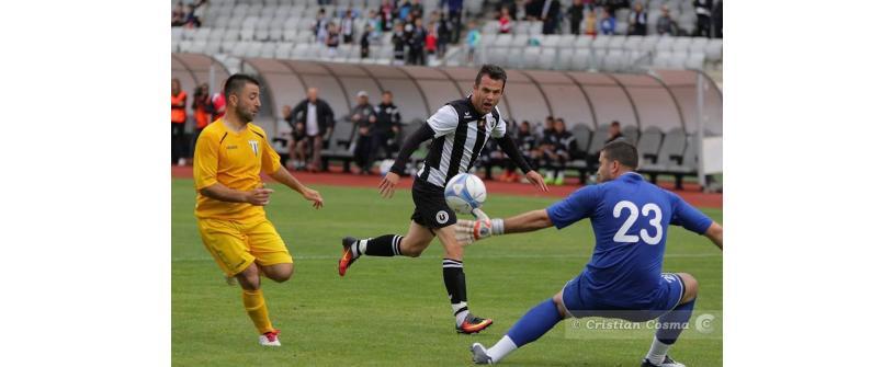 """Cu un pas și jumătate în Liga a III-a. """"U"""" Cluj – Lăpușul Târgu Lăpuș 8-0"""