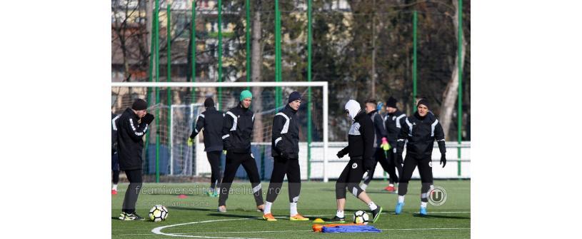 """""""Studenții"""" s-au reunit. 25 de fotbaliști la primul antrenament din 2018"""